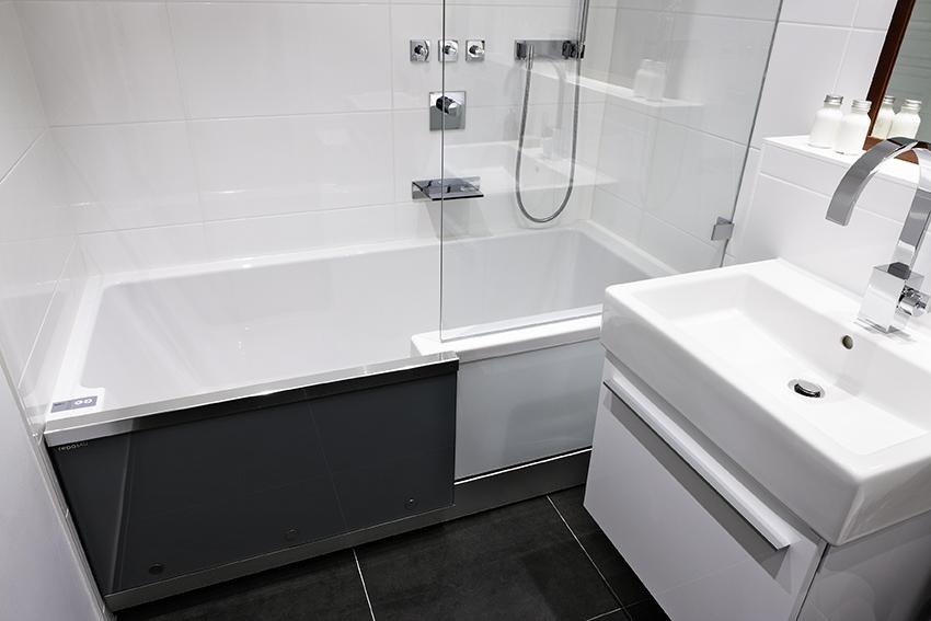 badewanne mit easy in einstieg ing klaus gretler. Black Bedroom Furniture Sets. Home Design Ideas